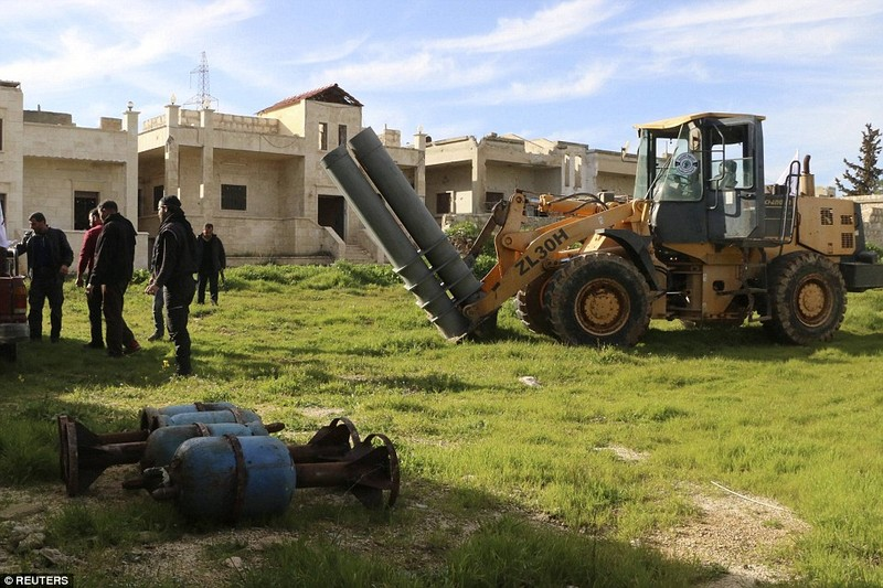 Dot nhap lo vu khi phien quan Syria, kinh hoang nhung thu ben trong-Hinh-16