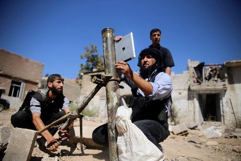 Dot nhap lo vu khi phien quan Syria, kinh hoang nhung thu ben trong-Hinh-6