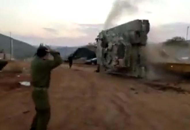 Ly do ngo ngan khien sieu tang Merkava Mk-4 cua Israel lat ngua-Hinh-2