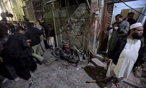 Danh bom lieu chet tai Pakistan, hon 70 nguoi thuong vong