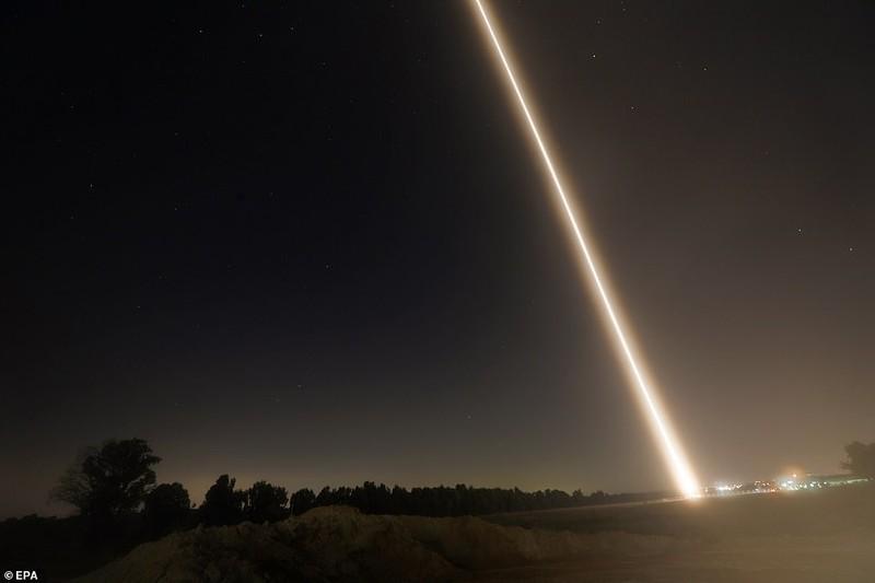 Hinh anh Dai Gaza ruc lua, Israel pha nat dai truyen hinh Hamas-Hinh-5
