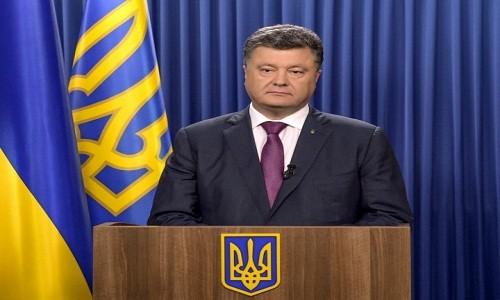 "Tong thong Ukraine Poroshenko canh bao ""chien tranh toan dien"" voi Nga"