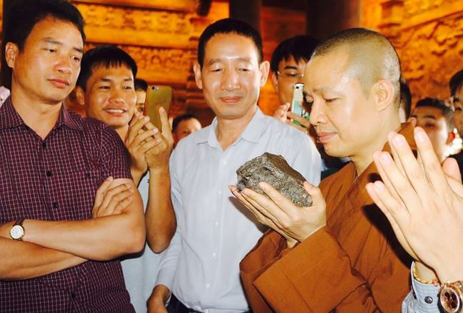 Nhung bau vat it nguoi biet ve ngoi chua lon nhat the gioi o Ha Nam-Hinh-4
