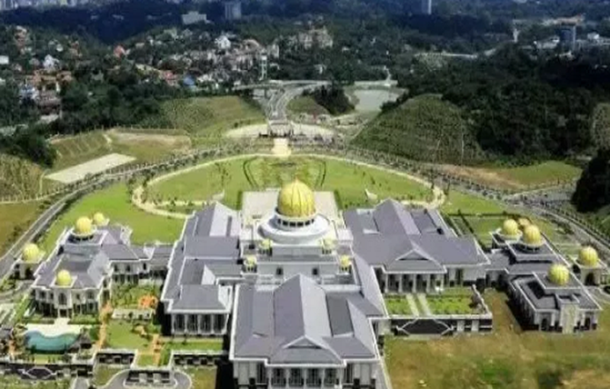 Cuoc song vuong gia cua Quoc vuong Brunei gio moi ke-Hinh-8