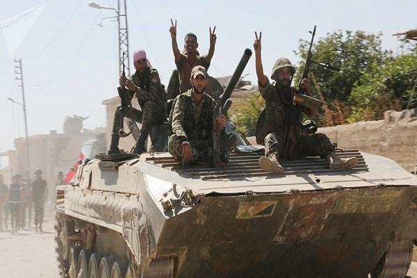Quan doi Syria tan cong du doi nhom khung bo tren chien truong Idlib