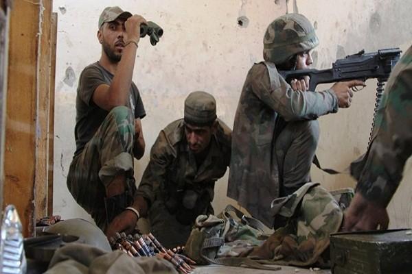 Quan doi Syria ban ha may bay khong nguoi lai cua khung bo tai Hama