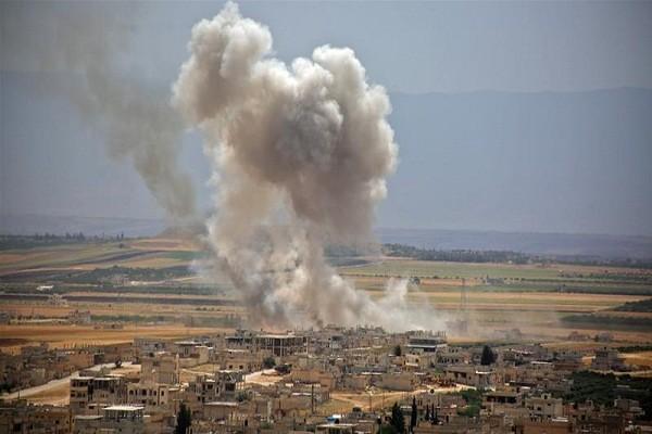 Sau 3 ngay giao dau, phien quan chiem lai thanh pho chien luoc tai Idlib?