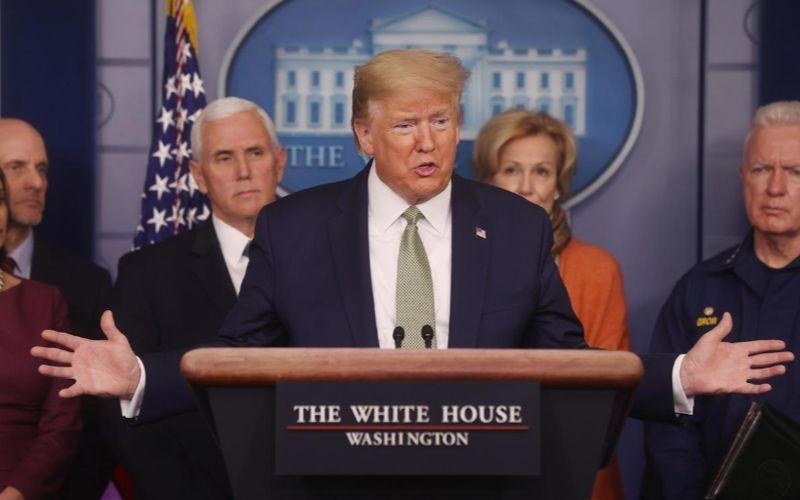 """1.000 ty USD giai cuu kinh te vi Covid-19: Ong Trump muon """"choi lon""""?"""