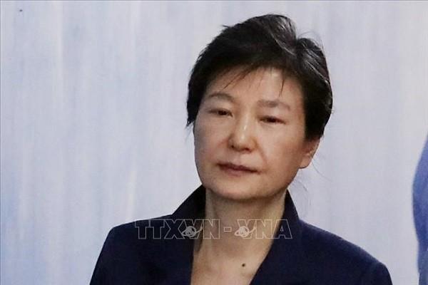 Cuu Tong thong Han Park Geun-hye co the phai chiu 35 nam tu giam