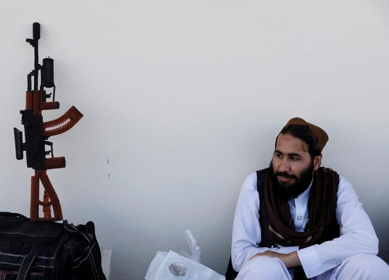 Toan canh Afghanistan phong thich 900 tu nhan Taliban-Hinh-11