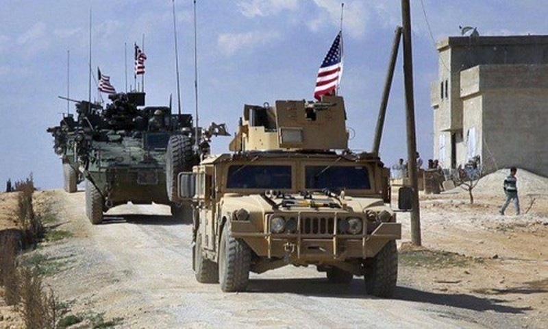 Doan xe quan su My lien tuc bi chan duong, tan cong tai Syria
