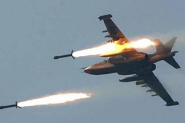 Khong quan Syria doi bao lua, huy diet khung bo tai Idlib