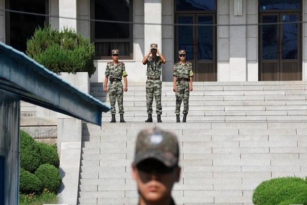 Cang thang leo thang, Trieu Tien dinh tien quan vao khu phi quan su