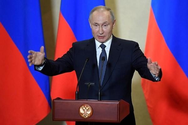 Tong thong Putin: Toi co the tranh cu lai neu hien phap cho phep
