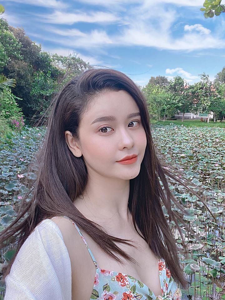 2 my nhan V-biz ten Quynh Anh lam single mom-Hinh-5
