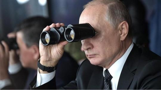 Quan doi Nga tap tran ram ro theo lenh tong thong Putin