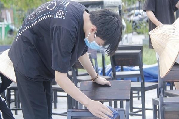 Da Nang: Nha hang don dep cho don khach sau thoi gian dai chong dich