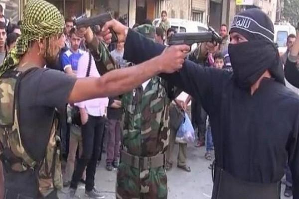 Hai nhom phien quan than Tho Nhi Ky giao dau ac liet tai Aleppo