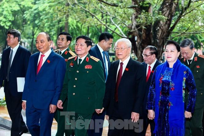 """Tong Bi thu, Chu tich nuoc: Quan doi bao dam moi truong """"trong am, ngoai em"""" cho dat nuoc-Hinh-2"""