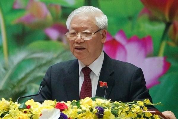 """Tong Bi thu, Chu tich nuoc: Quan doi bao dam moi truong """"trong am, ngoai em"""" cho dat nuoc"""