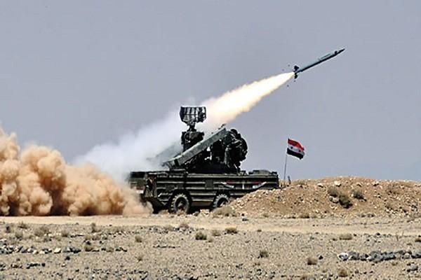 Vi sao Quan doi Syria ban ha may bay khong nguoi lai TNK?
