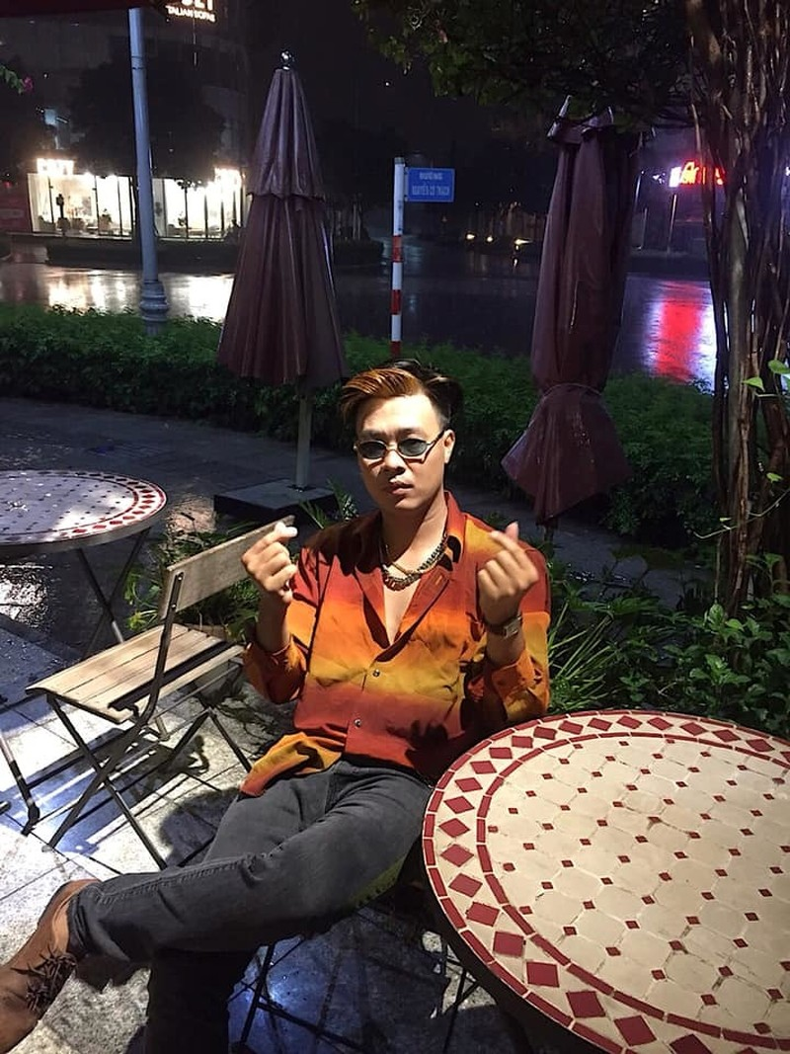"""Cuoc song cua hien tuong mang xa hoi """"noi dinh dam"""" mot thoi-Hinh-5"""