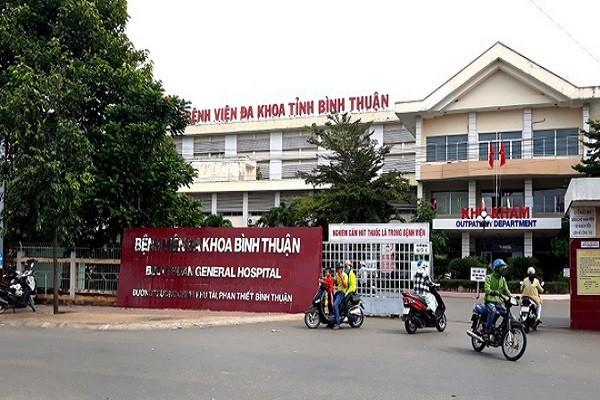 Mot nguoi nuoc ngoai vua den Binh Thuan nghi mac Covid-19