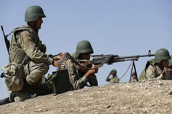 Quan doi Tho Nhi Ky tan cong du doi SDF o mien bac Syria
