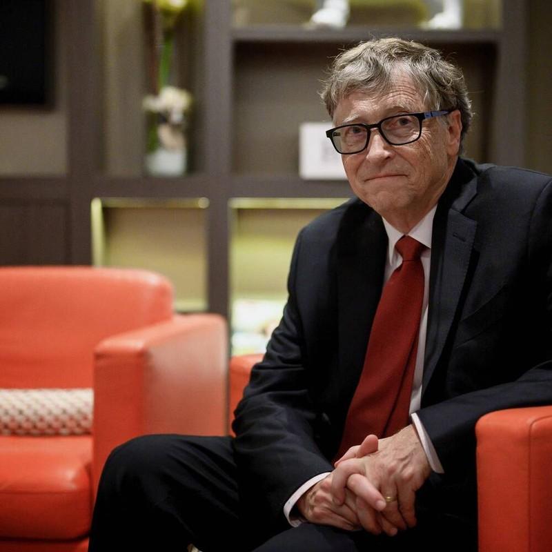 Bill Gates noi gi khi duoc tiem vac xin phong COVID-19?-Hinh-2