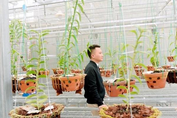 Chang trai tre Cong Hau so huu vuon lan dot bien quy hiem-Hinh-3