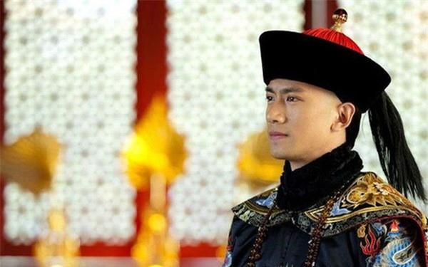 Vi Hoang tu may man nhat nha Thanh: Duoc 3 doi vua trong dung-Hinh-3