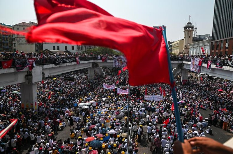 "Bieu tinh o Myanmar: Khi nao moi ""ha nhiet""?-Hinh-11"