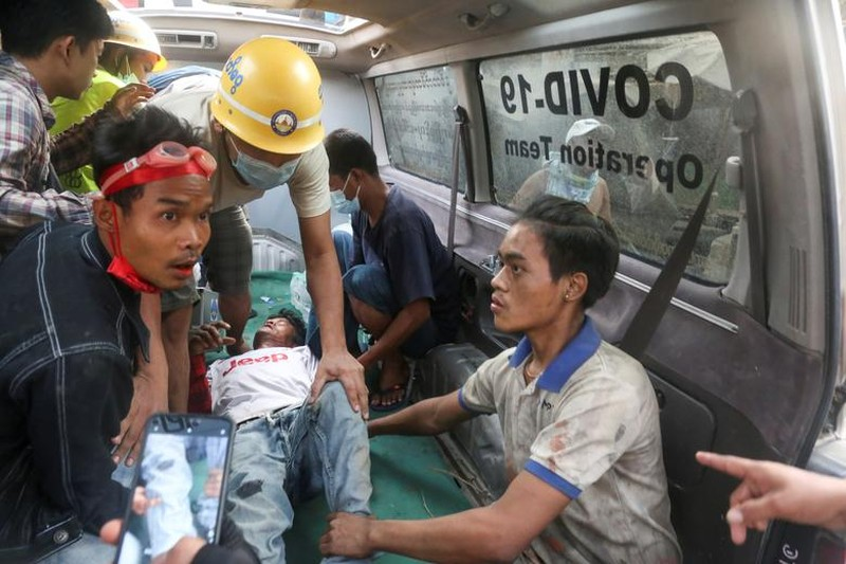 "Bieu tinh o Myanmar: Khi nao moi ""ha nhiet""?-Hinh-13"