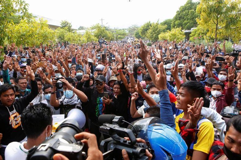 "Bieu tinh o Myanmar: Khi nao moi ""ha nhiet""?-Hinh-8"