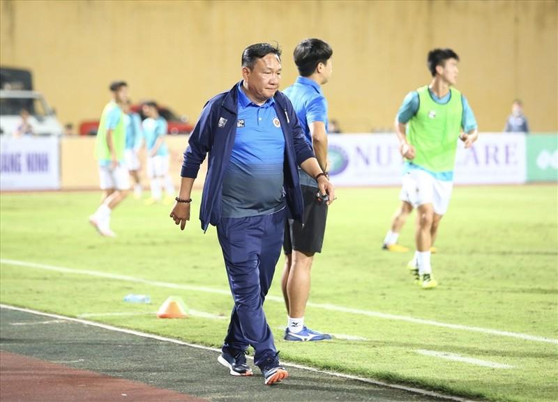 Viettel danh bai Ha Noi 1-0 ngay huan luyen vien Hoang Van Phuc cam quan