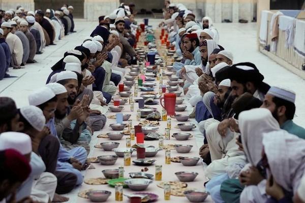 Toan canh tin do Hoi giao the gioi buoc vao thang an chay Ramadan-Hinh-5