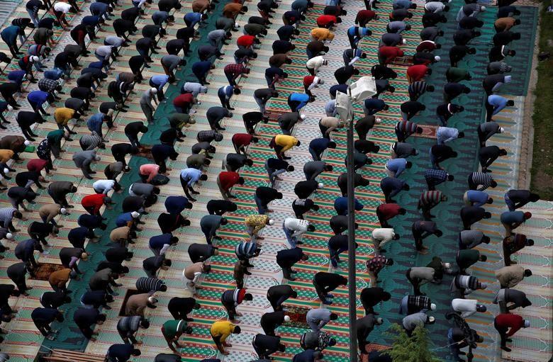 Toan canh tin do Hoi giao the gioi buoc vao thang an chay Ramadan-Hinh-6
