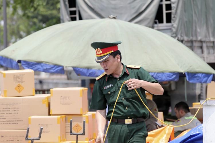 Can canh tran dia phao hoa tam cao dip gio To Hung Vuong-Hinh-8