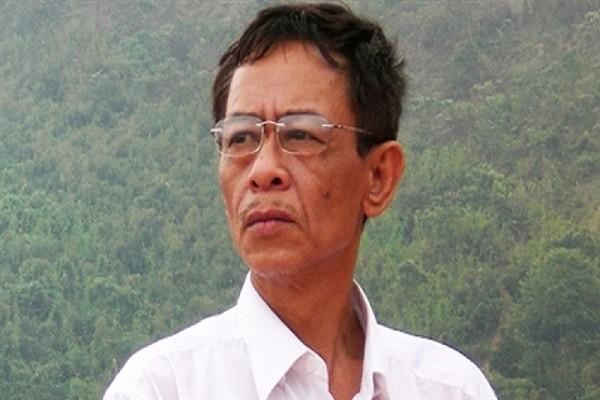 Nha tho Hoang Nhuan Cam qua doi