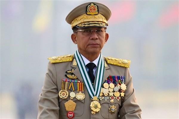 Thong tuong Myanmar Min Aung Hlaing den Jakarta du hoi nghi cap cao ASEAN