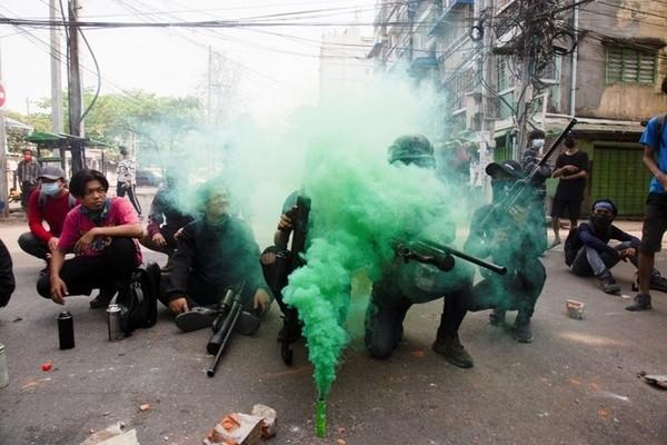 Bom no o Myanmar, giao tranh tiep dien o vung bien gioi