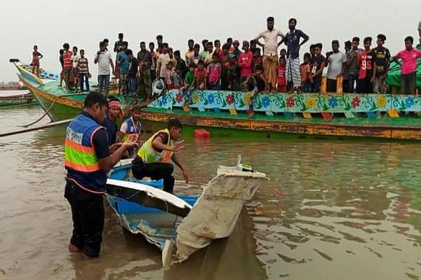 Tau cho khach vo doi o Bangladesh, 26 nguoi chet