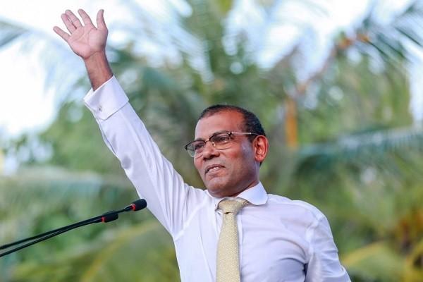 Cuu tong thong Maldives nguy kich sau vu am sat