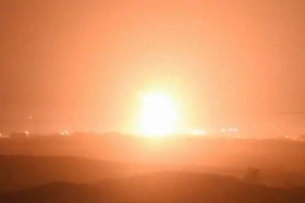 Israel huy dong may bay, xe tang, phao binh va bo binh de tien danh Hamas