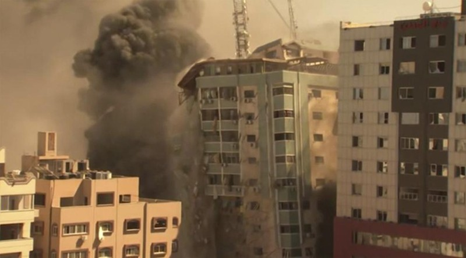 Ten lua Israel danh sap toa nha dat van phong AP, Al Jazeera o Gaza-Hinh-2