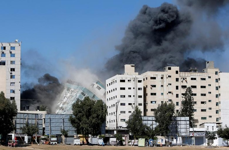 Can canh toa nha dat van phong AP o Gaza bi Israel san phang-Hinh-5