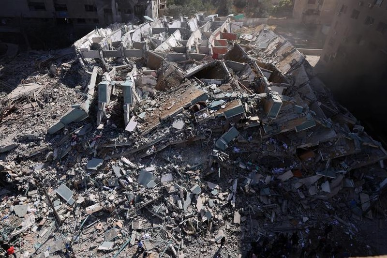 Can canh toa nha dat van phong AP o Gaza bi Israel san phang-Hinh-6