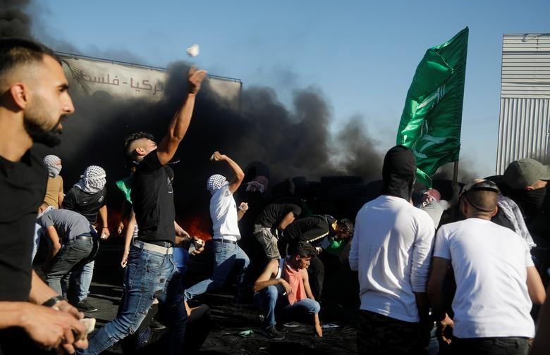 Bieu tinh du doi bung phat o Bo Tay giua xung dot Israel - Palestine-Hinh-8