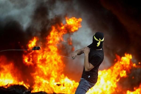 Bieu tinh du doi bung phat o Bo Tay giua xung dot Israel - Palestine