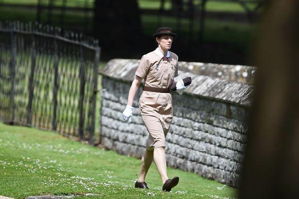 Dieu it biet ve bao mau nha Cong nuong Kate Middleton-Hinh-8